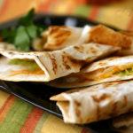 Кесадильи с авокадо (Quesadillas)