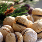 Орешки с шоколадом
