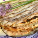 Лепёшки по-китайски (Chinese Flatbread with Scallions)