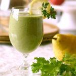 Бананово-грушевый зелёный смузи