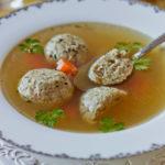 Суп с мацовыми клёцками