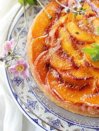 Персиковый перевёрнутый пирог