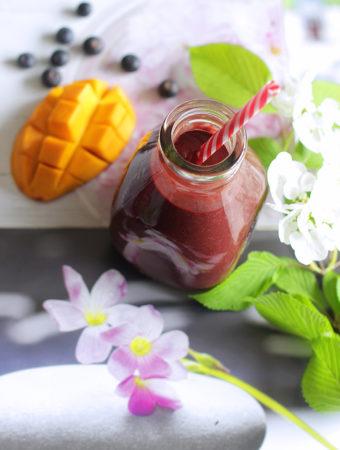 Асаи-манго смузи со свёклой